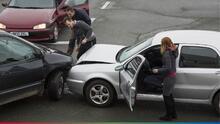 Por un accidente automovilístico, hombre descubre que su esposa tiene un amante