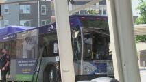 Muere mujer de 56 años atropellada por un autobús de GoDurham
