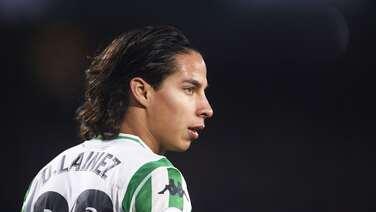 Diego Lainez sigue ganándose la confianza del Real Betis y fue inscrito en la Europa League