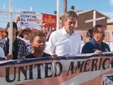 Una marcha contra el racismo y el odio recorre El Paso a una semana de la masacre en Walmart
