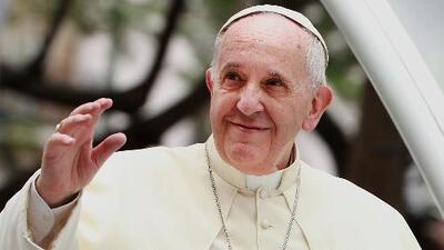 Papa Francisco recibe apoyo de varios países al anunciar que está dispuesto a mediar en crisis en Venezuela