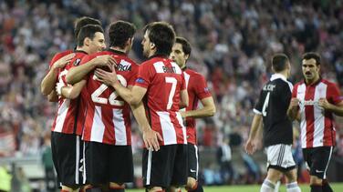 Athletic Club golea al Patizan y se consolida en el liderato de su grupo