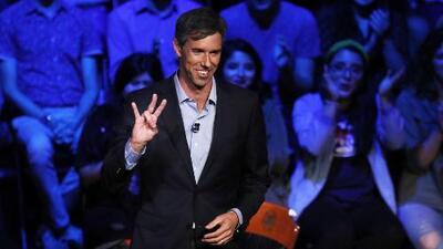 Beto O'Rourke llega a Irving para presentar sus propuestas de campaña a los electores