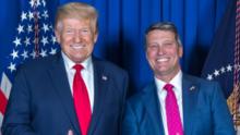 Candidato de Trump consigue una inesperada victoria en el distrito más republicano del país