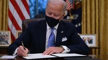 Dreamers en Los Ángeles celebran orden del presidente Joe Biden para proteger DACA