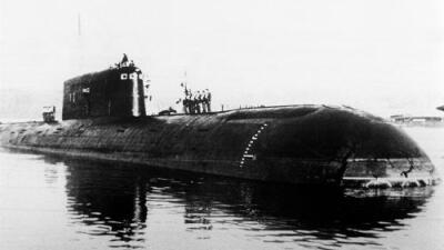 Hallan fuga radioactiva en submarino soviético que se hundió en Noruega en 1989
