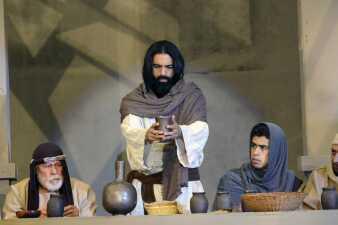 Cada año Keven Ramírez vive el dolor de Jesucristo en carne propia
