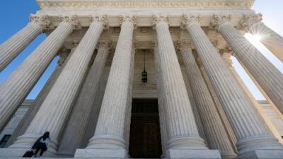 Corte Suprema falla a favor de inmigrantes con procesos de deportación mal planteados