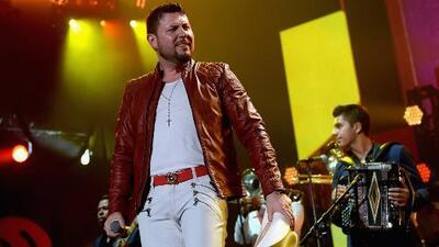 En las redes sociales Roberto Tapia anunció que no cancelará ningún concierto pase lo que pase