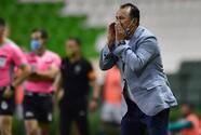 Juan Reynoso desestima los rumores que lo ponen fuera del Puebla