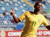 """Vinicius está """"feliz"""" en el Real Madrid y elogia a Santiago Solari"""