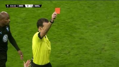 ¡Expulsión! El árbitro saca la roja directa a Ricardo Quaresma