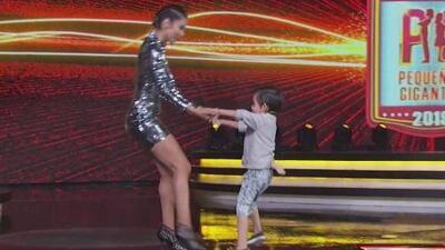 Mateo baila una cumbia con María León a petición de 'Gali dice'