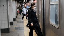 Tiempo de debate: ¿Por qué los neoyorquinos temen más al crimen que al coronavirus cuando abordan el metro?