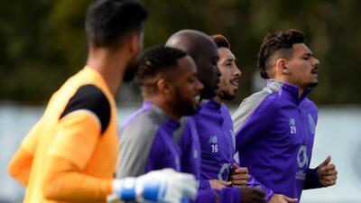 Porto de Herrera y Corona por la hazaña ante el Liverpool; City a remontarle a unos 'Spurs' sin Kane