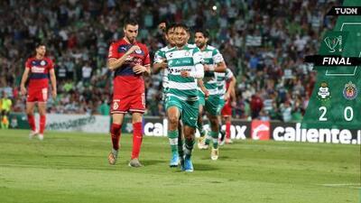 Santos supera a Chivas pero ambos avanzan a Octavos de Final