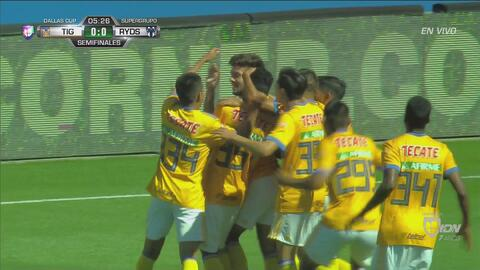 Tigres pega primero en el Clásico Regio de la Dallas Cup