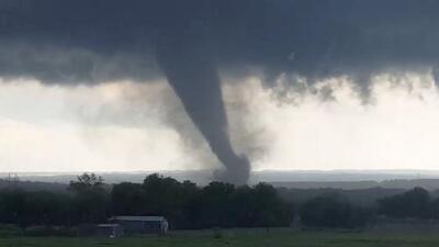 Millones de personas bajo alerta por mal tiempo en el este de Texas y el oeste de Oklahoma
