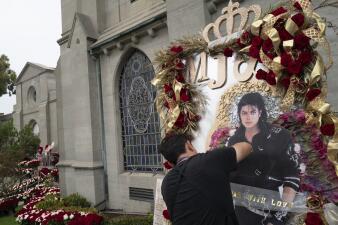 En fotos: 10 años después, salen a la luz nuevos detalles de la vida y muerte del 'Rey del Pop'