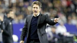 LA Galaxy destituye al entrenador Guillermo Barros Schelotto