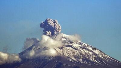 México eleva el nivel de alerta por el volcán Popocatépetl