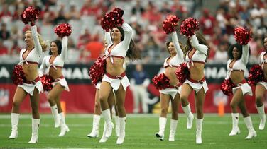 Washington reemplazará porristas por grupo mixto de baile