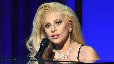 Lady Gaga y Starbucks unen fuerzas en pro de la juventud