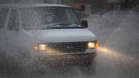 Recomendaciones de seguridad si estás en las carreteras en medio de tiempo severo