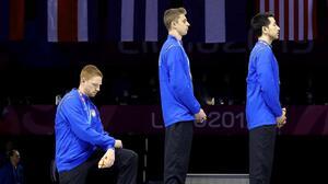 Atletas protestan en podio de Juegos Panamericanos