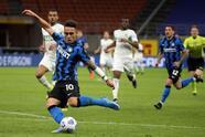 Con goles de Romelu Lukaku y Lautaro Martínez, los 'Nerazzurri' se llevan la victoria sobre el Sassuolo durante la Jornada 28 de la Serie A. El único tanto para la visita fue por parte de Hamed Junior Traoré al minuto 85 del encuentro. El Inter queda como líder absoluto de la liga italiana.