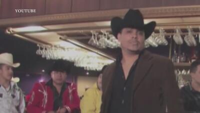 Reporte señala al cantante conocido como 'El JJ' como el padre del presunto asesino de Maryvale