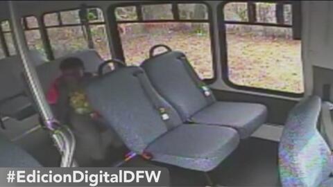 Niño es olvidado en el autobús escolar y otras tendencias en la red