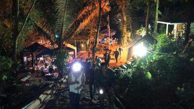 Fin del rescate: los 12 niños y el entrenador son sacados con éxito de la cueva de Tailandia