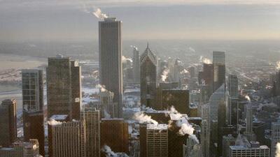 Chicago está tan frío que los trabajadores del tren están quemando los rieles