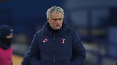 Oficial: El Tottenham Hotspur despidió a José Mourinho