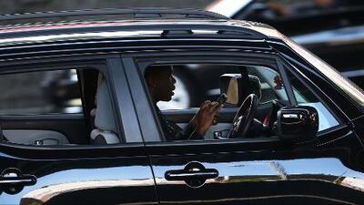 Autoridades de Sweetwater lanzan campaña en contra de personas que utilizan el celular mientras conducen