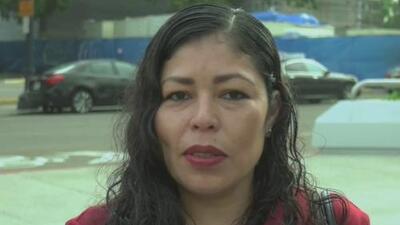 Ordenan la deportación de la madre hispana que fue arrestada frente a sus hijas en California