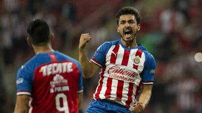 Chivas escala en la tabla de cociente