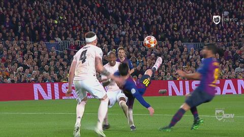 Era para enmarcar: Messi tiró esta chilena que no entró por escasos centímetros