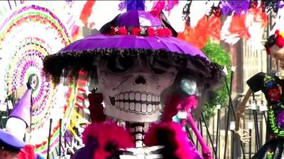 En el Día de los Muertos México conmemora a las personas fallecidas tras terremotos