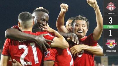 Un gol mágico de Jozy Altidore lidera triunfo de Toronto FC sobre NY Red Bulls
