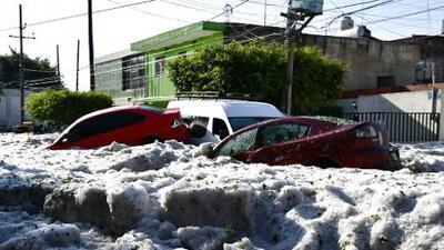 ¿Qué factores meteorológicos produjeron la tormenta de granizo en Guadalajara en pleno verano?