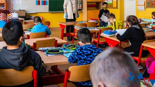 """""""Se sienten seguros"""": Maestros confirman la vuelta presencial a los salones de clases"""
