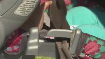 Preocupación entre autoridades por nuevos casos de niños encerrados en autos durante temperaturas extremas