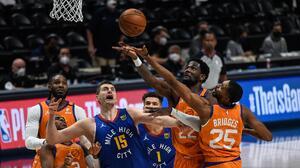 Phoenix Suns ponen a Denver Nuggets al borde de la eliminación