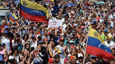 ¿Qué viene para Venezuela tras el plebiscito por la democracia y el paro nacional convocado por la oposición?