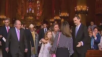 """La reina Letizia está """"afectada"""" tras el encontronazo con su suegra, según medios"""