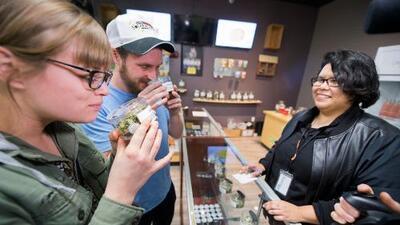 Extreman medidas frente a la ley que legalizó la venta y el consumo de marihuana recreativa en California