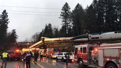 El descarrilamiento de un tren cerca de Seattle deja al menos tres muertos y unas 75 personas hospitalizadas