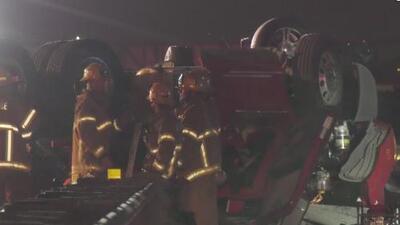 Violento accidente entre un camión de carga y un auto deja a una persona muerta